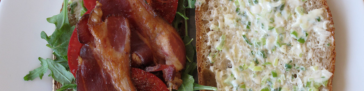 Arugula, Bacon and Tomato Sandwiches with Scallion Mayonnaise ...